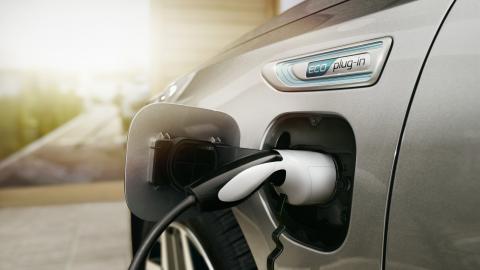 Afbeelding voor Vernieuwde Kia Optima Sportswagon Plug-In Hybrid