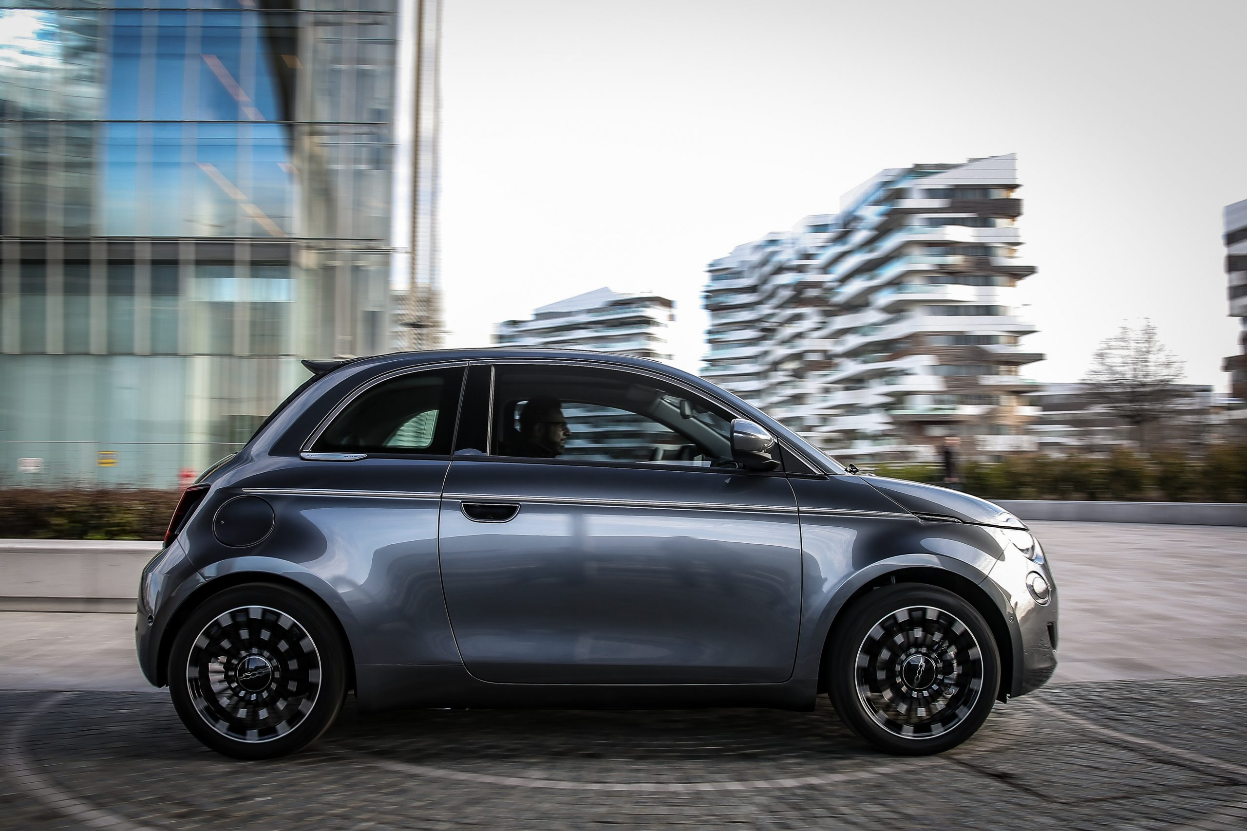 Fiat 500 E Business Launch edition